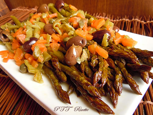 Asparagi in padella con carote 1