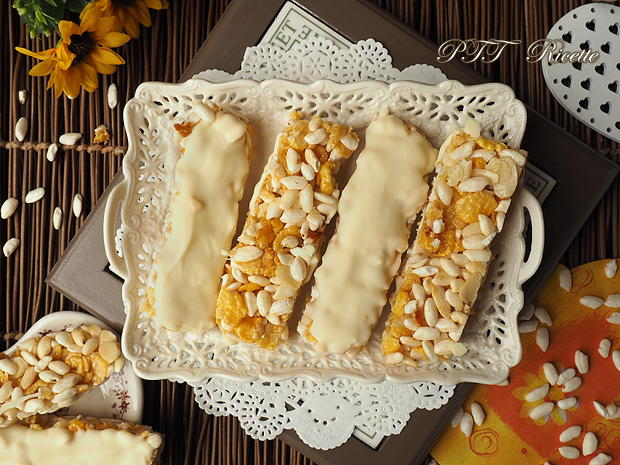 Barrette di cereali fatte in casa con cioccolato bianco 10