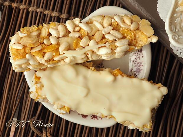Barrette di cereali fatte in casa con cioccolato bianco 11
