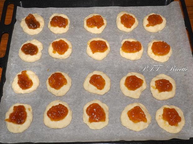 Biscotti alla ricotta con confettura di fichi 4