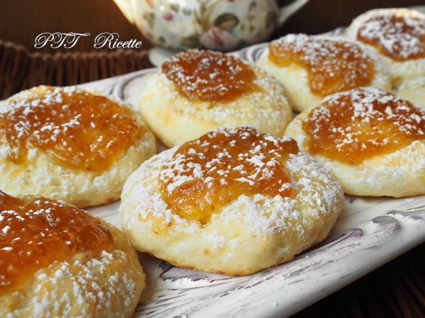 Biscotti alla ricotta con confettura di fichi 7