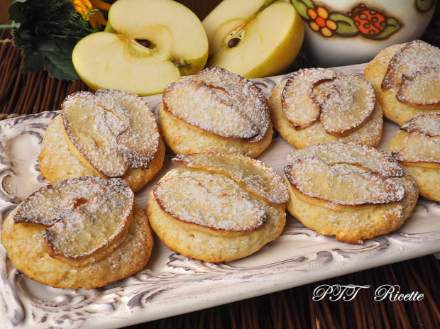 Biscotti alla ricotta con mele 5