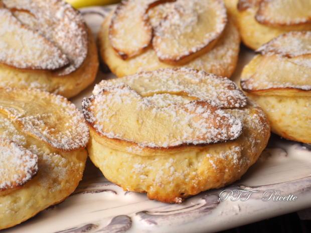 Biscotti alla ricotta con mele 6