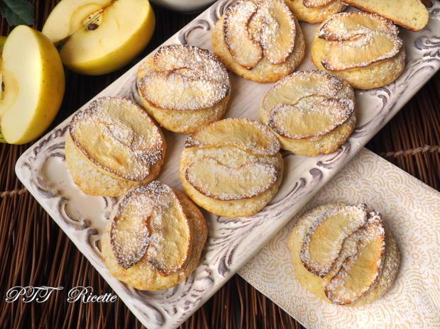 Biscotti alla ricotta con mele 7