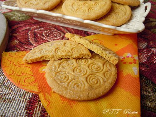 Biscotti di pasta frolla all'olio 9