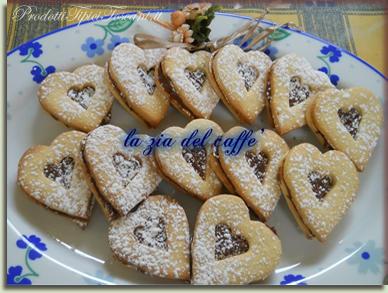 Biscotti farciti con Nutella 4