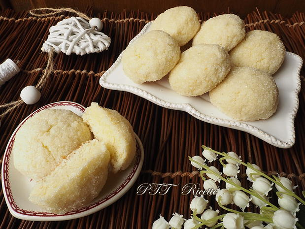 Biscotti morbidi senza glutine al cocco 11