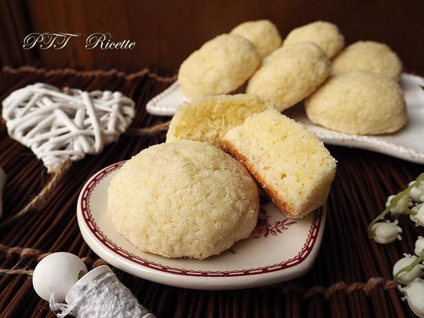 Biscotti morbidi senza glutine al cocco 9