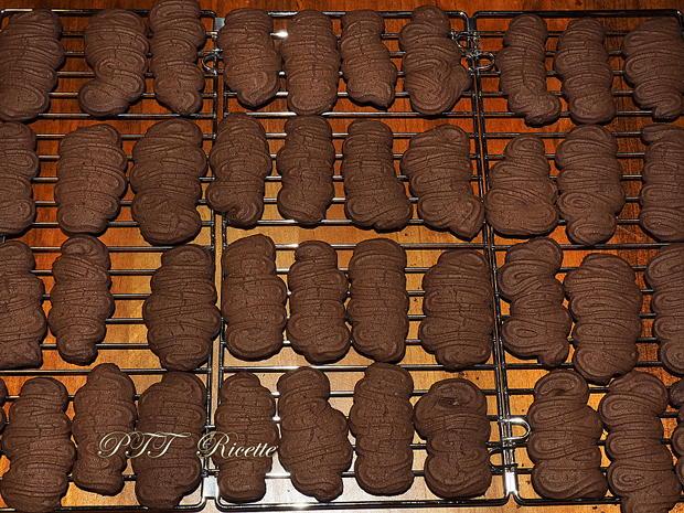 Biscotti senza glutine alla panna e cioccolato 6