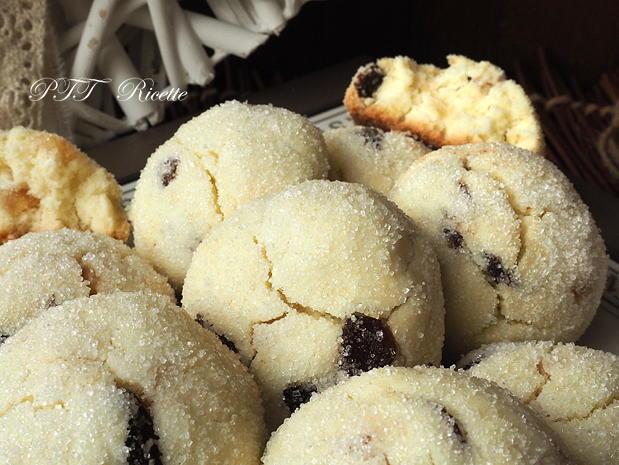 Biscotti senza glutine con uvetta e canditi 3