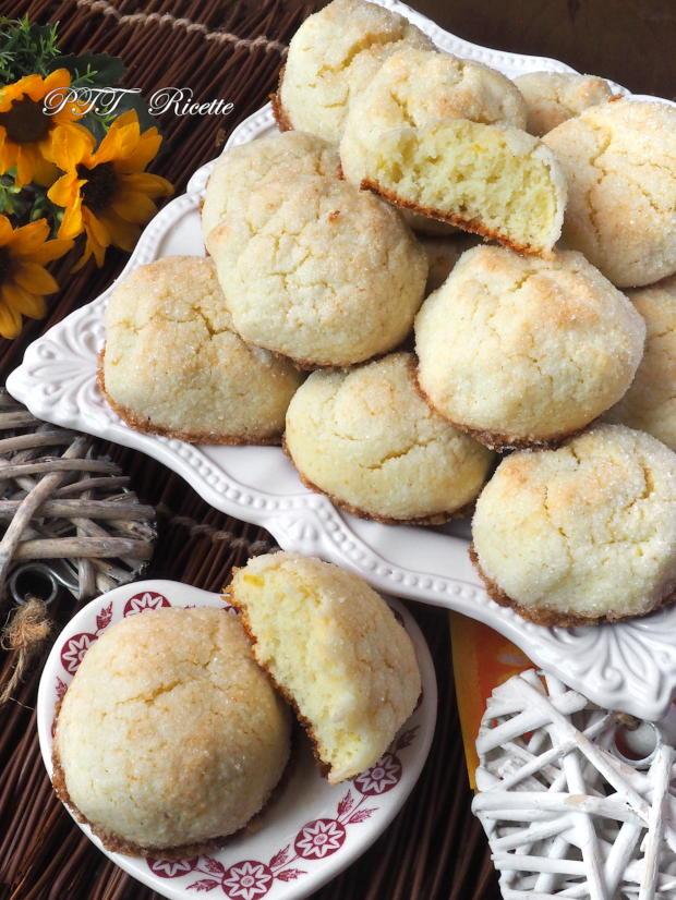 Biscotti teneri al cocco e ricotta 7