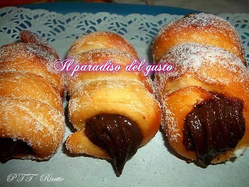 Cartocci siciliani al cioccolato