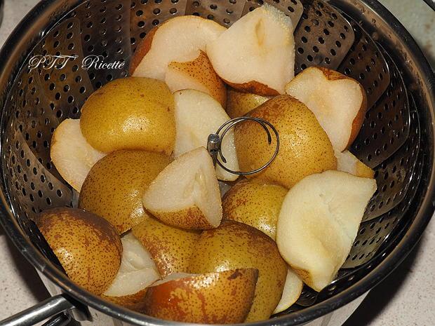 Cestini di pasta sfoglia con pere e cioccolato 2