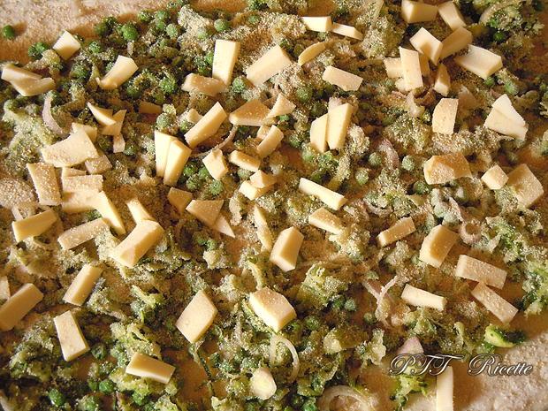 Ciambella con piselli, zucchine, scalogni e scamorza 1
