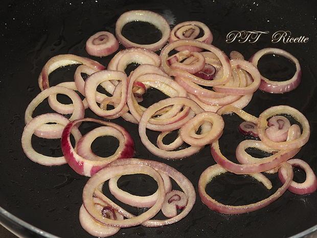 Cipolla caramellata e pomodoro all'aceto balsamico 3