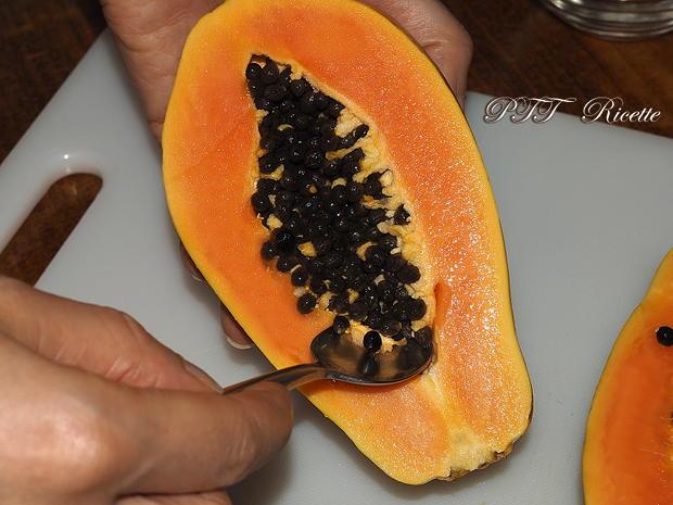 Come tagliare la papaya 3