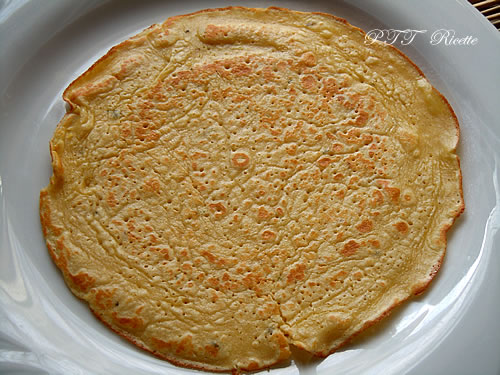 Crepes di farina di ceci, spinaci e mortadella 2