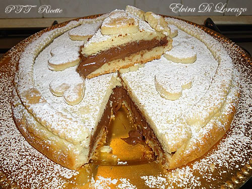 Crostata allo yogurt ripiena di Nutella