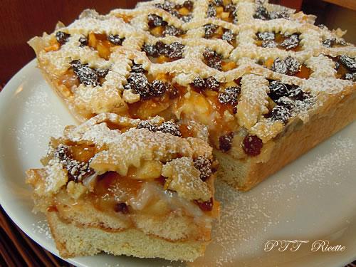 Crostata di mele con confettura e crema al cocco