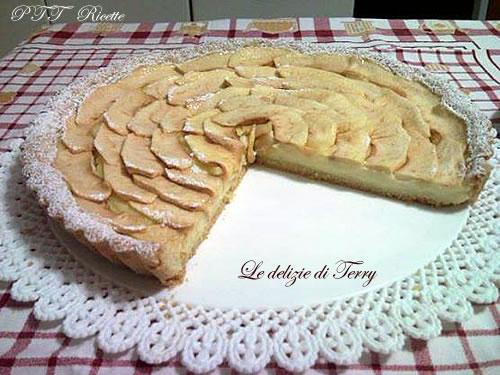 Crostata di mele e crema pasticcera