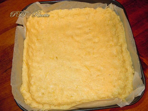 Crostata morbida al cocco con mele e marmellata 4