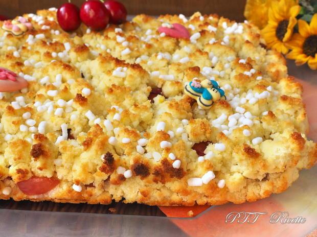 Crostata sbriciolata al cocco con ciliegie 2