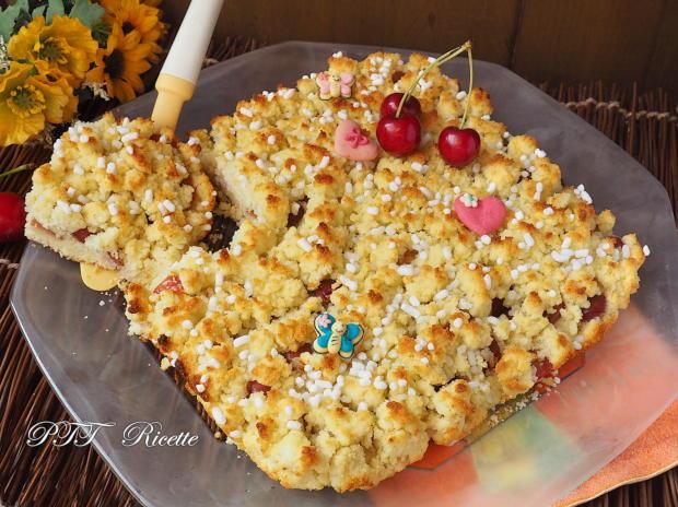 Crostata sbriciolata al cocco con ciliegie 4