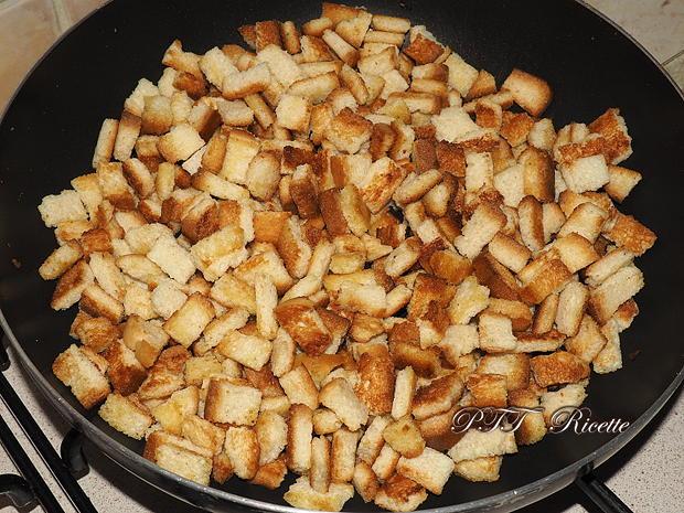 Crostini tostati e fritti alla salvia 4