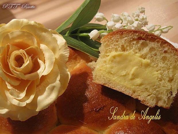 Danubio fior di latte con crema alla vaniglia 5