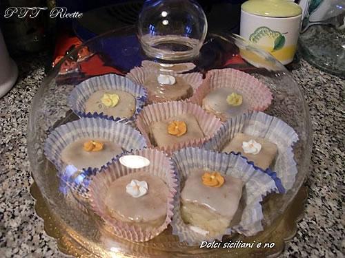 Dolcini con glassa all'arancia e al limone 6