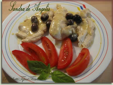 Filetto di pollo con salsa, stracchino e curry