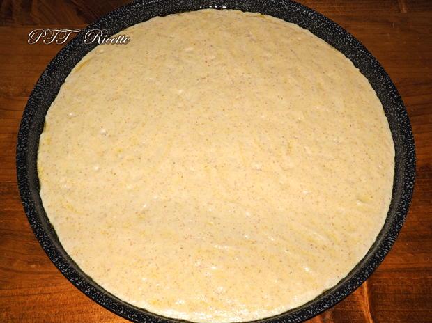 Focaccia di semola veloce con zucchine e patate 2