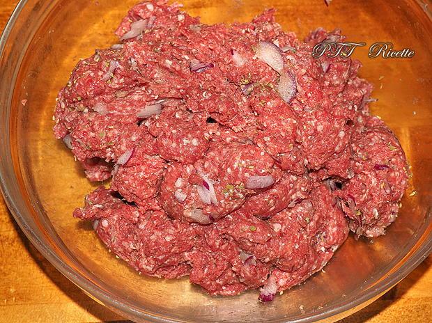 Hamburger alla cipolla fatti in casa 1