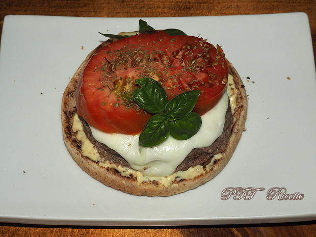 Hamburger caprese 3
