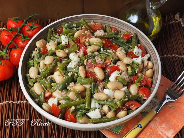 Insalata di fagioli, fagiolini, tonno, pomodori e mozzarella 4