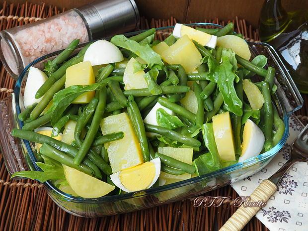 Insalata fredda con patate, uova e fagiolini