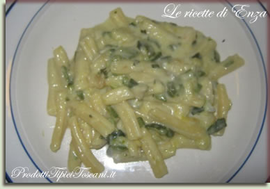 Maccheroni con zucchine e gorgonzola 2