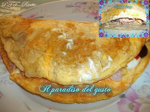 Ricetta Omelette Prosciutto E Funghi.Maxi Frittata Con Funghi Tonno Mozzarella E Prosciutto Ptt Ricette