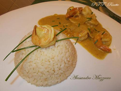 Mazzancolle al curry con riso bianco