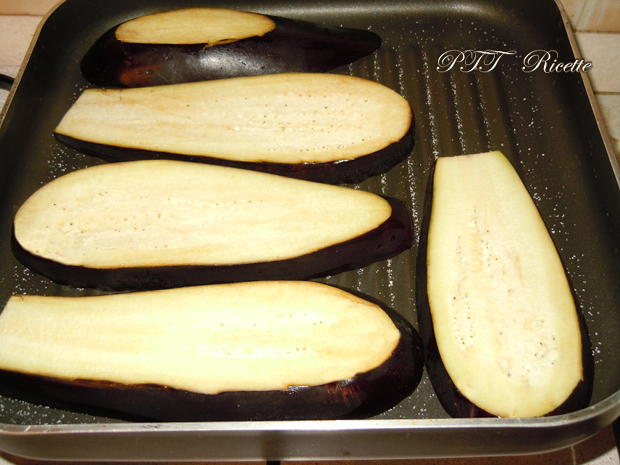 Melanzane al forno con sugo ai funghi 3
