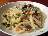 Pici con salsa bianca di zucchine