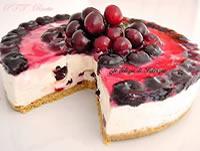 Torta allo yogurt con ciliegie