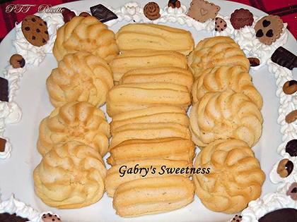 Biscotti di frolla montata all'arancia