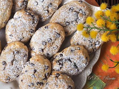 Biscotti senza uova al cocco e cioccolato