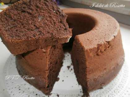 Ciambella di cioccolato e cacao