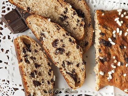 Pane dolce cannella e cioccolato