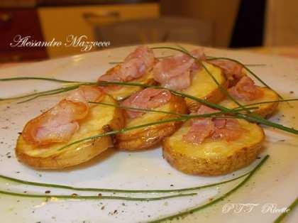 Patate al forno con pancetta croccante