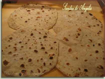 Piadine con farina di farro, segale e semi di lino