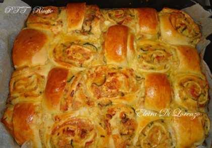 Scacchiera di pan brioche