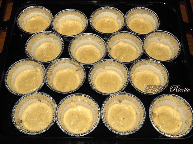 Muffin al cocco con crema di nocciole 4